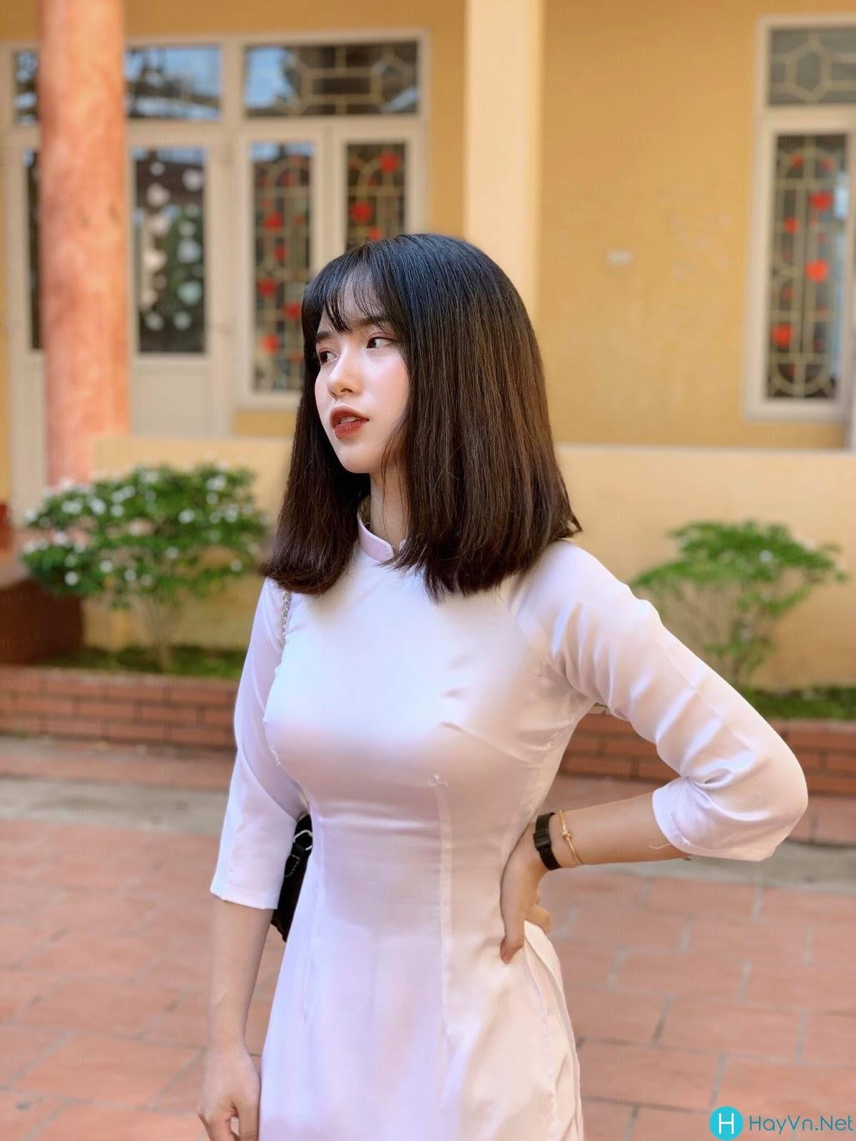Model Thanh Nga | E-CUP