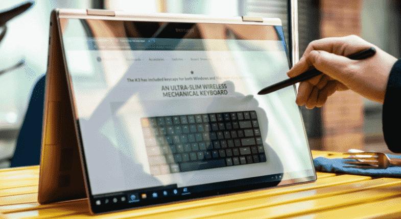 Samsung Galaxy Book Odyssey y Galaxy Book Pro con pantallas AMOLED