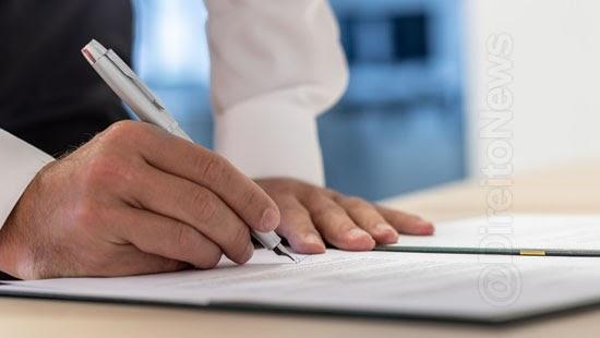 5 erros advogado cometer contrato honorarios