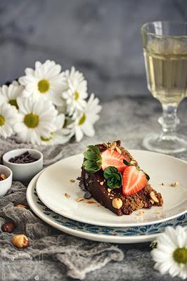 Čokoladna torta sa lešnicima