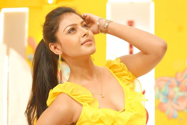 Telugu Actress Monal Gajjar Throwback Pics Actress Trend