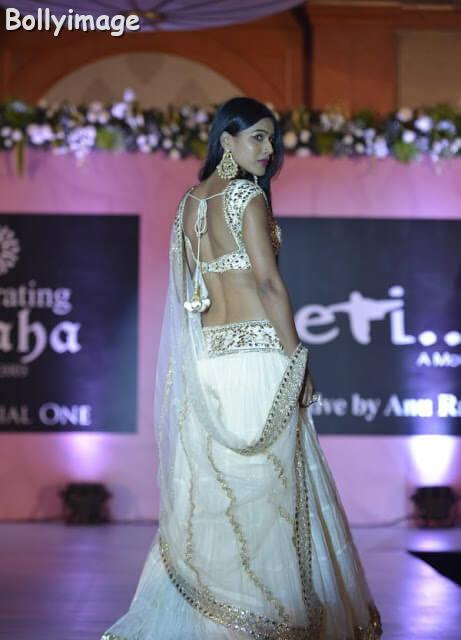 nia sharma ramp walk photo