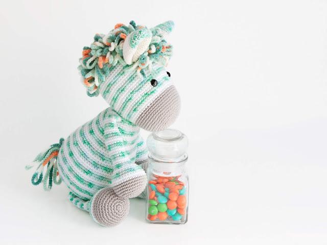 amigurumi-zebra-menta-mint-crochet