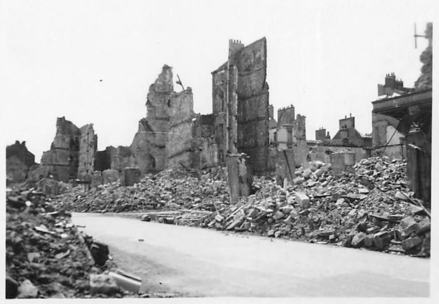 Saint nazaire une ville d truite st nazaire ruines for Bureau plus st nazaire