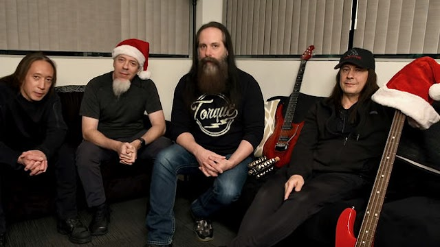 "Dream Theater lançam medley de natal ""The Holiday Spirit Carries On"""