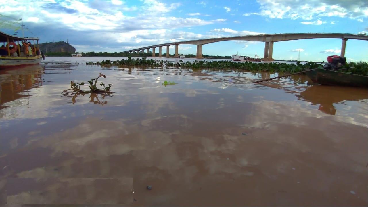 Rio São Francisco continua subindo e já chega a mais de 4 metros em Bom Jesus da Lapa