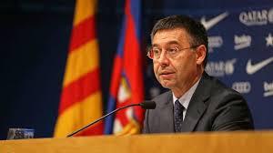 """إدارة فريق برشلونة سيطلب """"مساعدة مادية"""" من نجومه لتخطي الأزمة"""