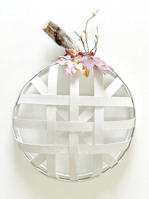 white tobacco basket pumpkin