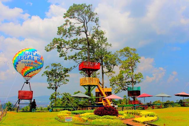 Puncak Mas - Tempat Wisata Kekinian di Lampung Yang Memanjakan Para Pecinta Selfie