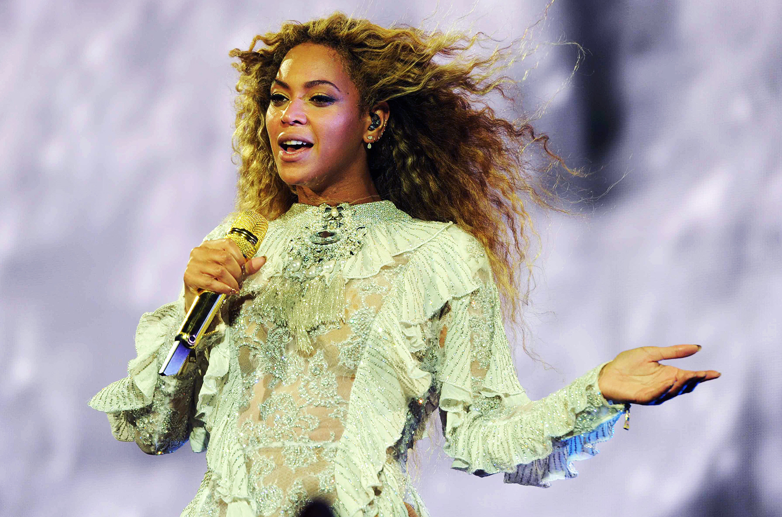 Beyonce Suffers Miscarriage And Victim Of Sexual Harassment!