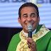 Padre Arlindo, pároco de Tamandaré, promove live solidária