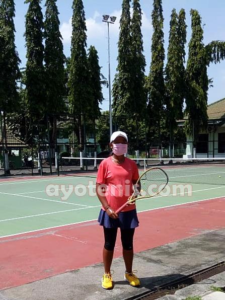Keluarga Petenis di Jatim Ini Bikin Masker, Patok Harga Bersahabat bagi Pecinta Tenis Indonesia