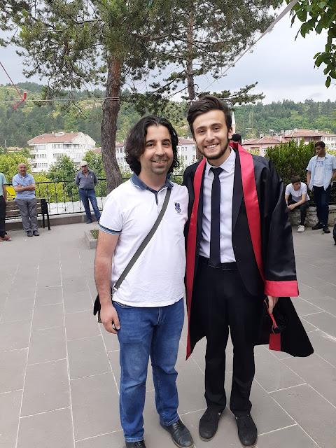 İngilizce Öğretmeni Mehmet Şanlı ve Harun İstenci