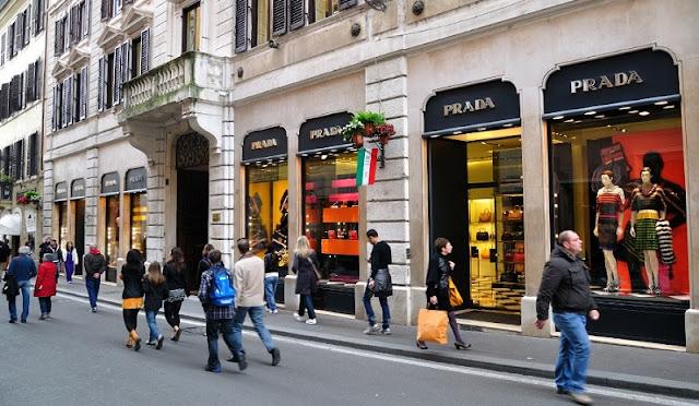 Comprar eletrônicos em Roma