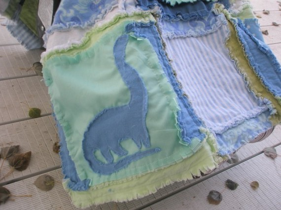 Rag Quilt Sewing Pattern for Car Seat Tent with Dinosaur for Baby Boy