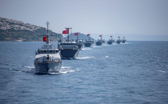 Ο τουρκικός στόλος συγκεντρώνεται απέναντι από Έβρο και Σαμοθράκη