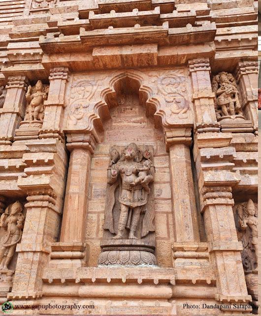Side Idols of Taratarini Temple
