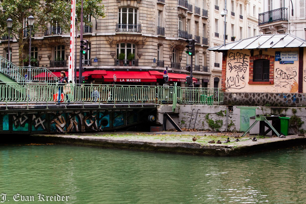 postcards from st maurice canal st martin paris. Black Bedroom Furniture Sets. Home Design Ideas