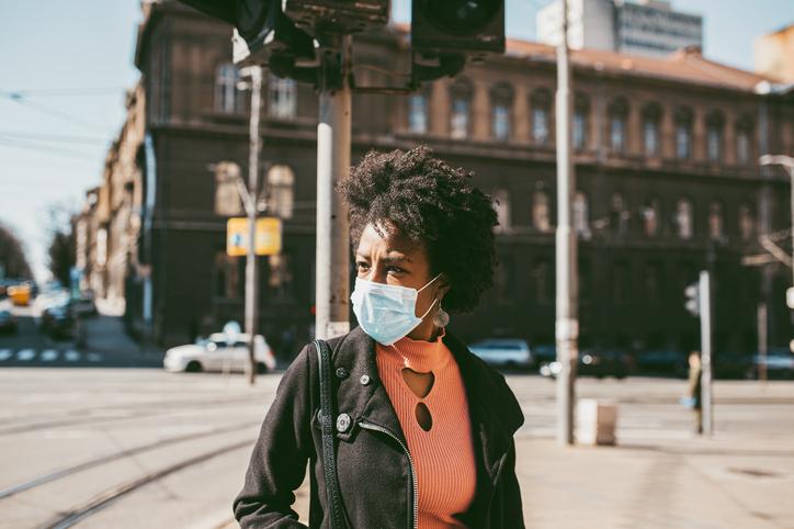 Os impactos da pandemia na vida das mulheres. Por Karol Cavalcante
