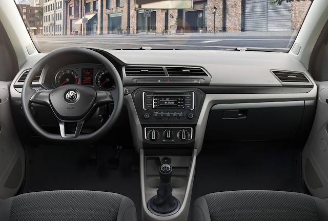 Novo VW Voyage Comfortline 2017 - interior
