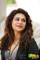 Shraddha Das Hot in Guntur Talkies HeyAndhra
