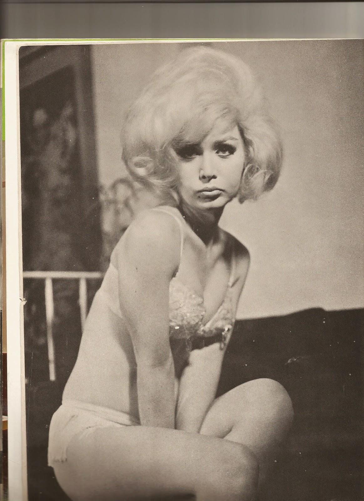 Vintage female Nude Photos 80