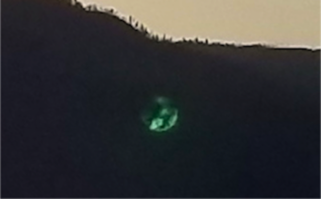 UFO News ~ Three Green Orbs Recorded Over Lake In British Colombia, Canada plus MORE Ancient%252C%2BUFO%252C%2BUFOs%252Corbs%252C%2Bgreen%252C%2Bsightings%252C%2Barchaeology%252C%2Bcrash%2Bsite%252C%2Byeti%252C%2BEnterprise%252C%2Bastronomy%252C%2Bscience%252C%2BStargate%252C%2BBill%2BGates%252C%2BMoon%252C%2Bovni%252C%2Blaser%252C%2Bgun%252C%2Bastronomy%252C%2BCNN%252C%2BNews%252C%2BMars%252C%2Baliens%252C%2BObservatory%252C%2B2
