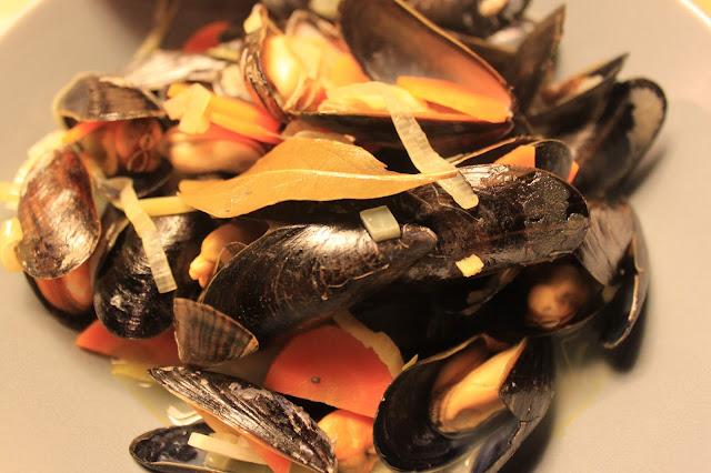 leckeres Rezept für Miesmuscheln in Weißweinsauce