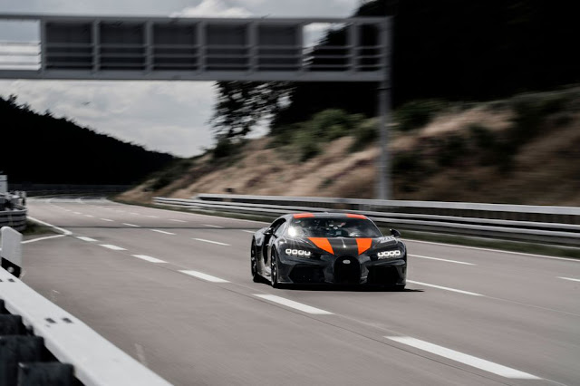 New World's Top Speed Record by Bugatti Chiron