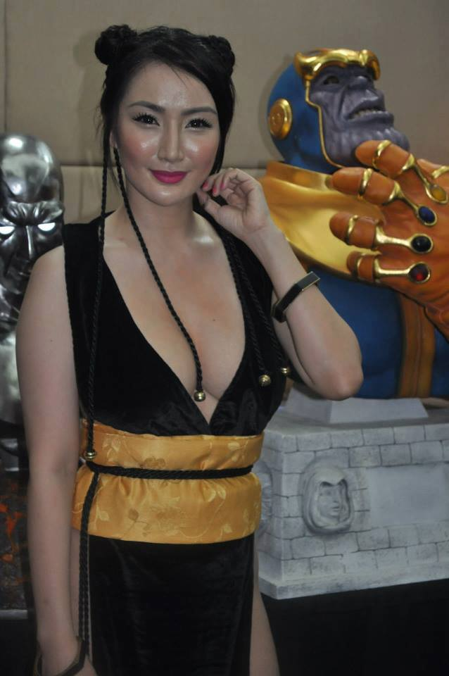 paulene so sexy chun li cosplay 02