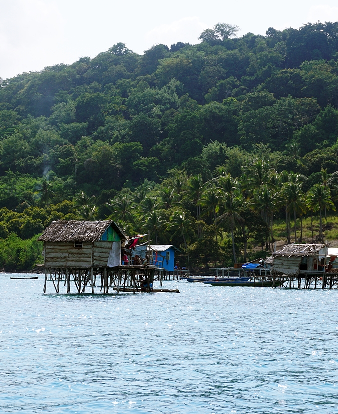 best island to visit for diving and snorkeling in borneo
