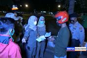 Razia Prokes, Petugas Di Tuban Bubarkan Sejumlah Kerumunan Pemuda