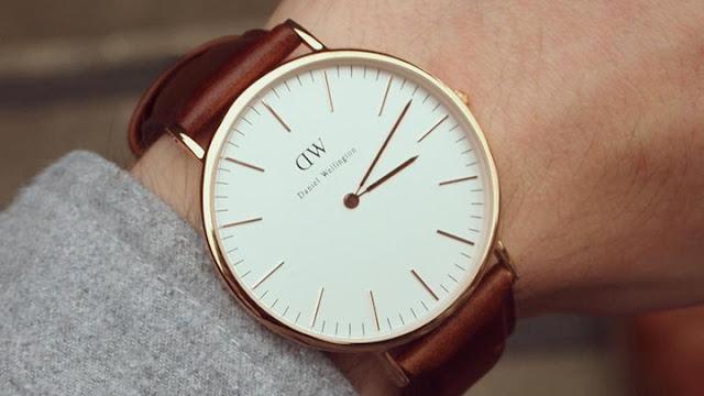 Sự ra đời của chiếc đồng hồ đeo tay