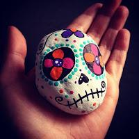 Decoración para Halloween con piedras pintadas mexico