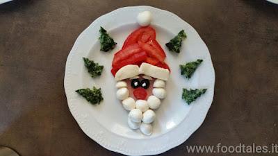ritratto di Babbo Natale con cibo