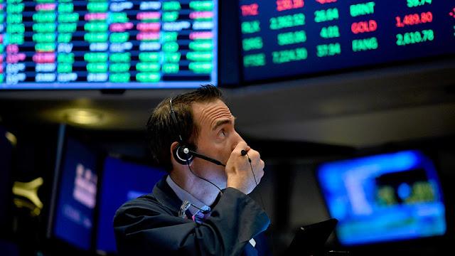 Wall Street cae tras afirmar Trump que EE.UU y China no acordaron eliminar los aranceles