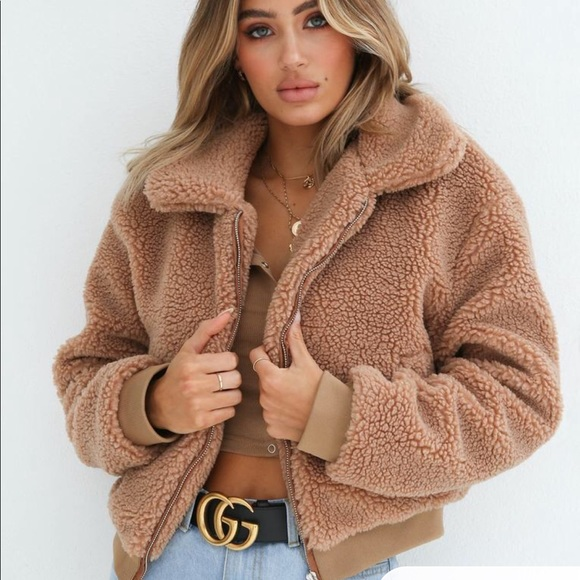 teddy bear coat cappotto teddy bear cappotto peluche come indossare cappotto teddy bear how to wear teddy bear coat cappotto teddy bear street style cappotto fluffy teddy bear  cappotto come abbinarlo come abbinare il cappotto teddy bear street style cappotto teddy bear tendenze inverno 2020 mariafelicia magno fashion blogger color block by felym fashion bloggers italy fashion blogger italiane