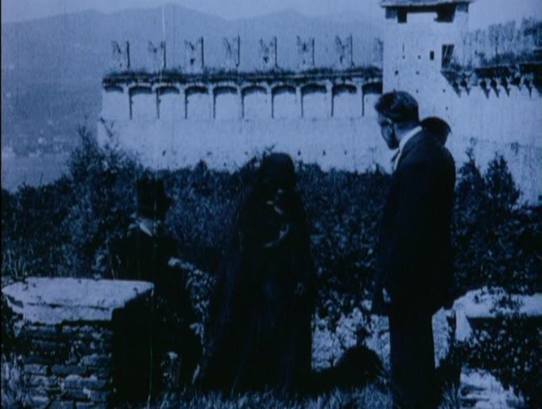 призрак / malombra (1984)