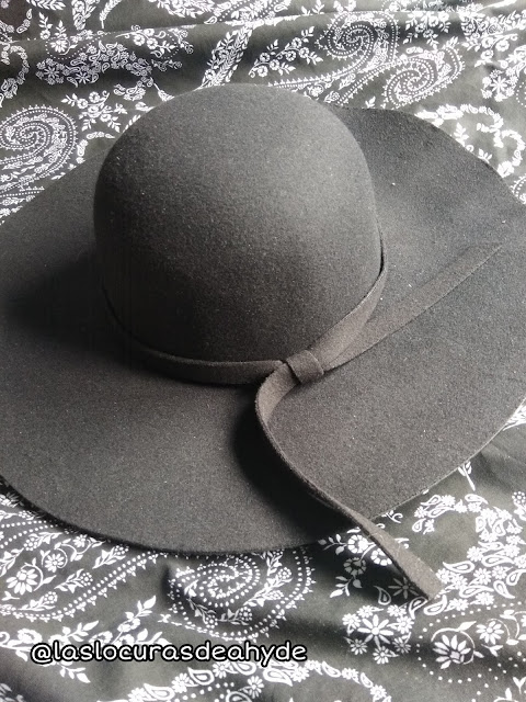 sombre negro floppy