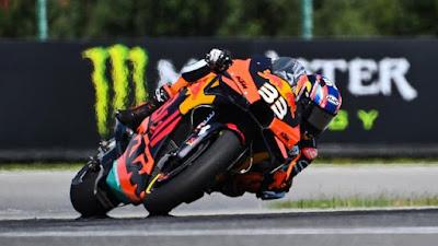 4 Fakta Menarik Seputar Ban Motor Yang di Gunakan Pada MotoGP