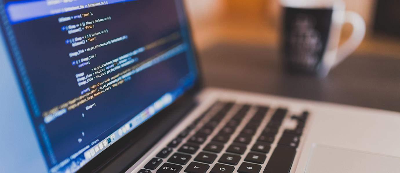 7 Alasan Mengapa Kamu Harus Belajar Coding