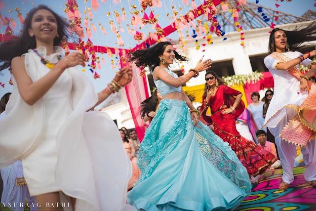 Top 20 Bollywood Dance Songs Mp3 List in Hindi - बेस्ट बॉलीवुड डांस पार्टी सॉन्ग्स ऑफ़ आल टाइम हिट