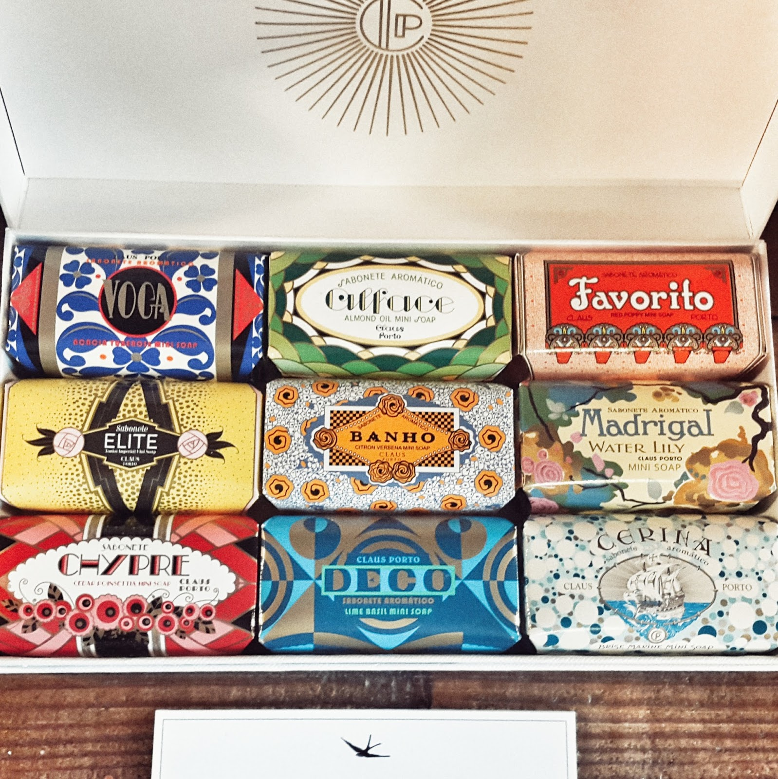 concept store A Vida Portuguesa lisbonne, swallow bird, decoration, savon