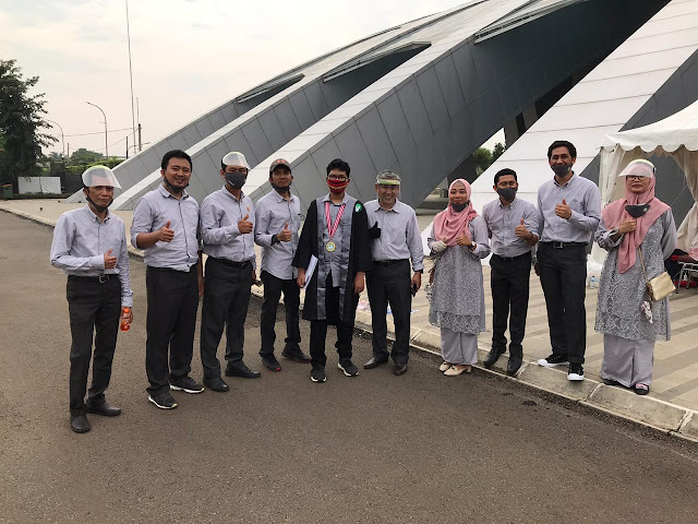 Teachers of SMP Islam Tugasku Jakarta