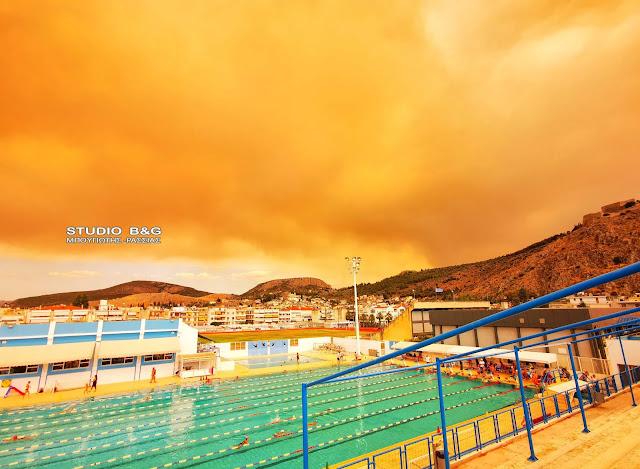 Πνίγεται η Αργολίδα από την κάπνα της μεγάλης φωτιάς στις Κεχριές  (βίντεο)