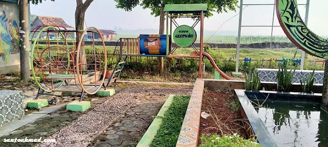 Taman Desa Tambirejo, Toroh