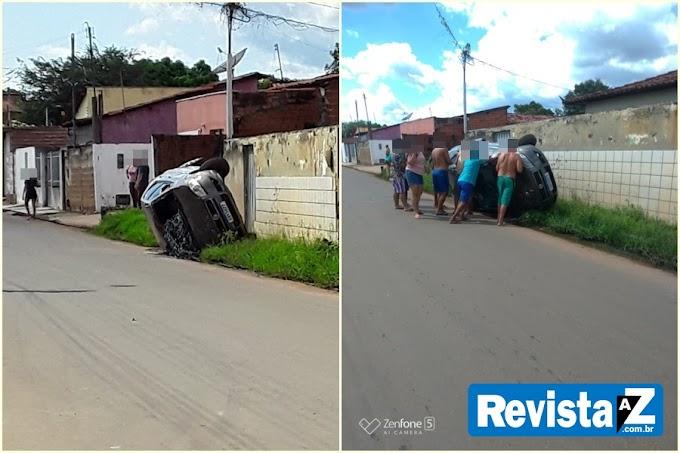 Motorista capota carro após bater na traseira de outro veículo em Esperantina