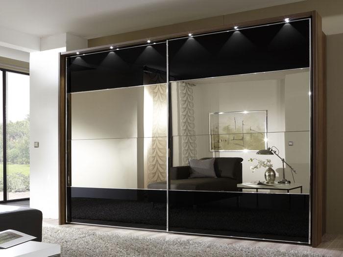 Closet y muebles de madera closet modernos con puertas for Recamaras modernas con closet