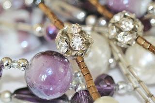 perhiasan-souvenir-asli-jepang.jpg