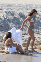 Priyanka Chopra in White Green Bikini in Miami Day 4   Stunning Beauty ~  Exclusive 02.jpg